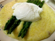 Cheddar Pancetta Polenta with Asparagus and a Poached Egg